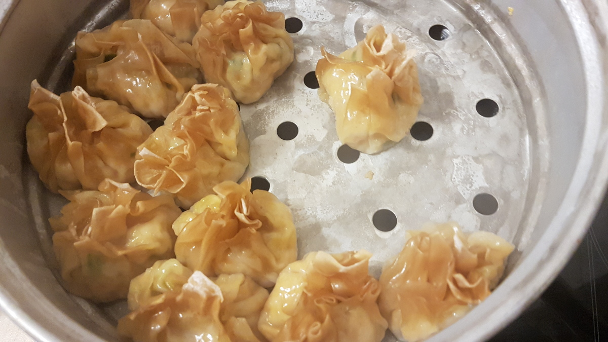 The siomay ayam are ready!